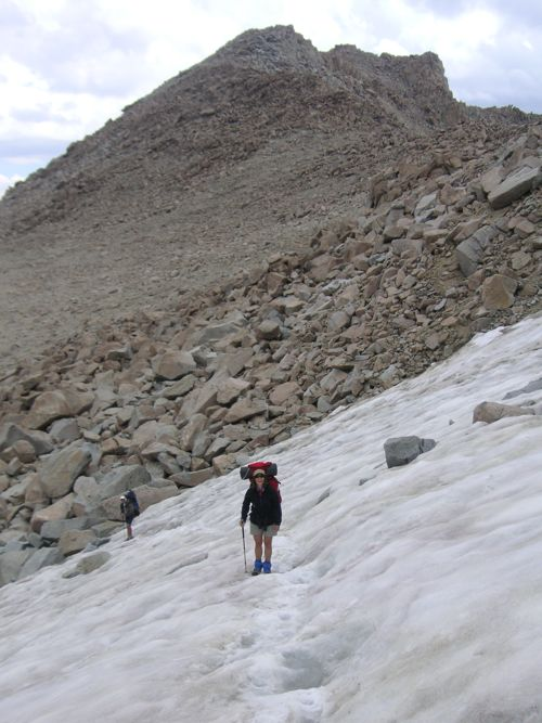 Schmed and Kirsten climb snow to Lamarck Col