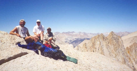 Schmed, Ken and Foo'ball atop Mt. Mallory